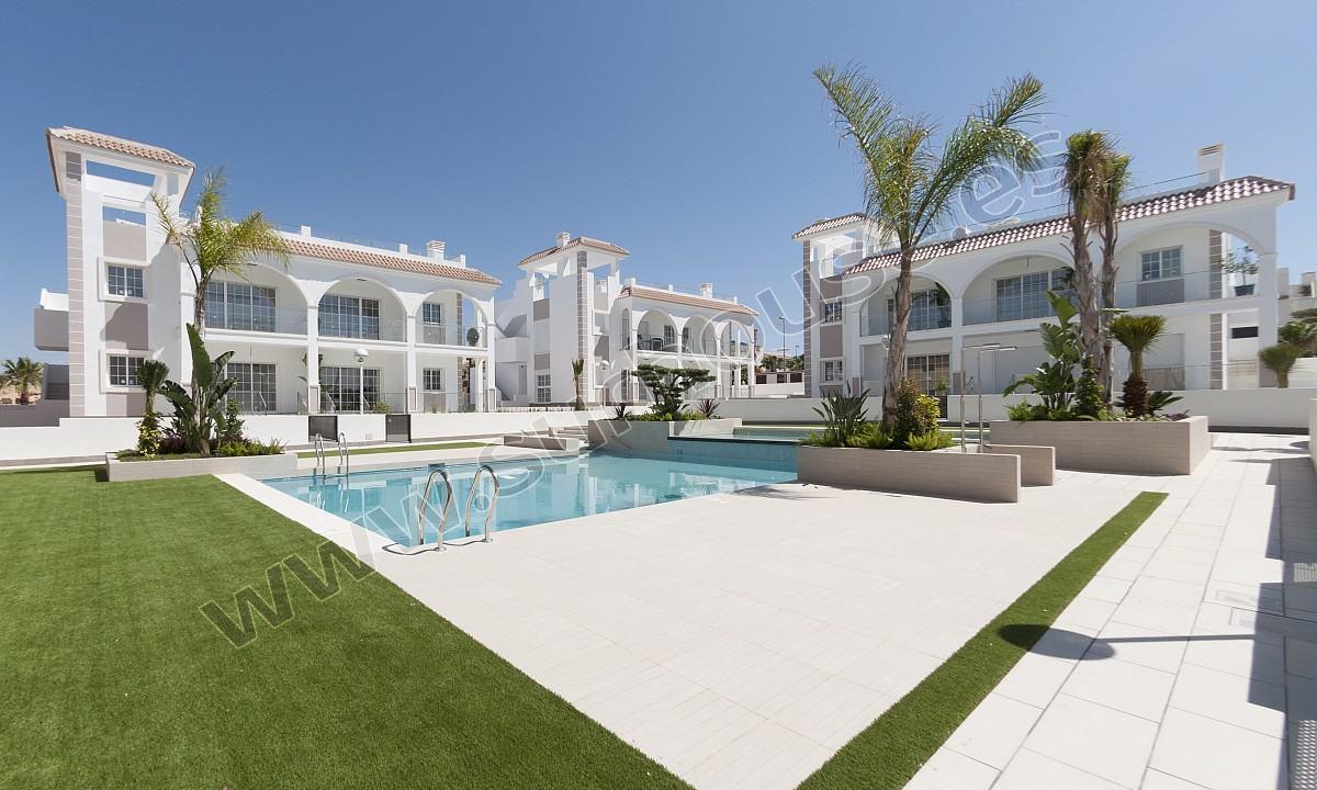 Apartamento – Jardín – Los Olivos